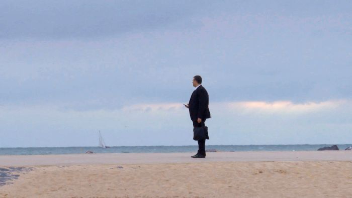 Oostende, Businessman on the beach